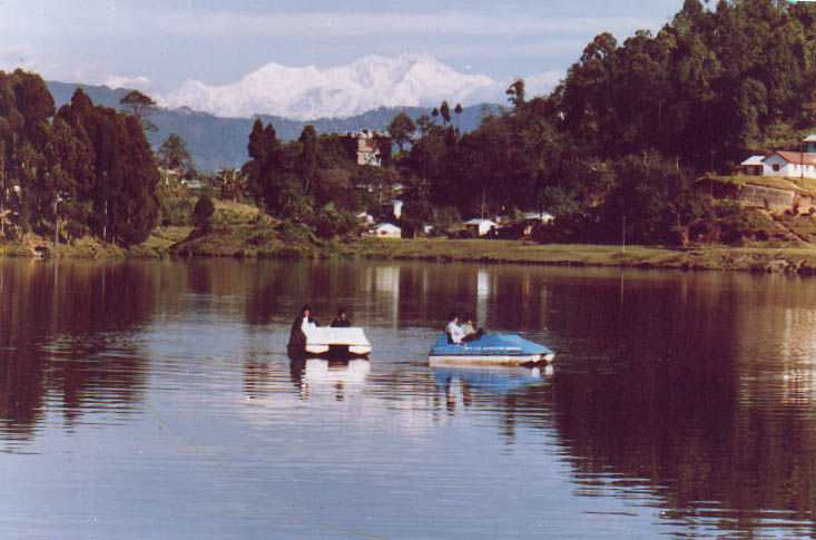 Boating in Mirik lake